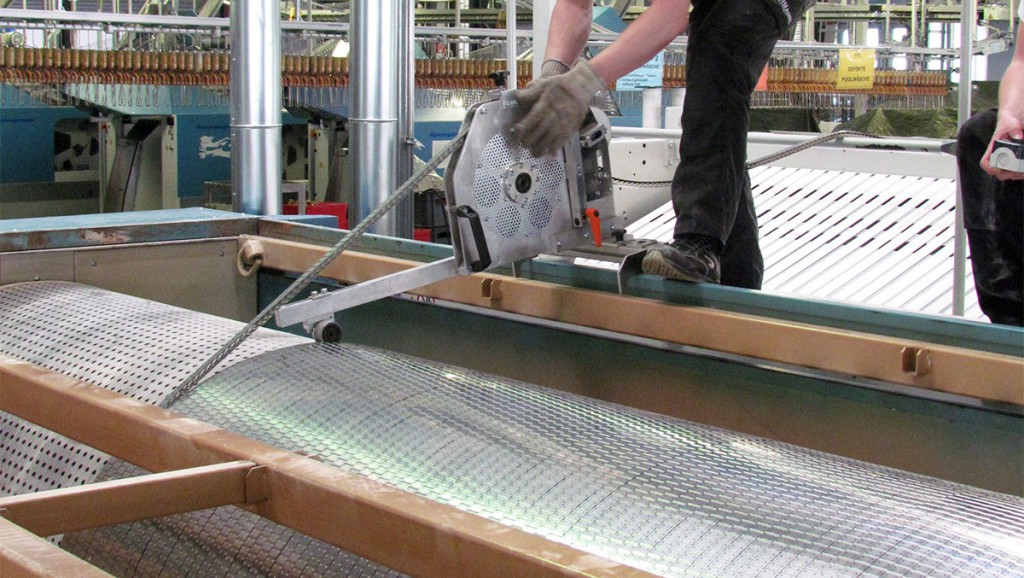 Cylinder coverings for flatwork ironers